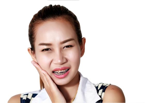 me duelen los dientes brackets